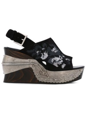 Alexander McQueen Bestickte Sandal sneakers (zwart)
