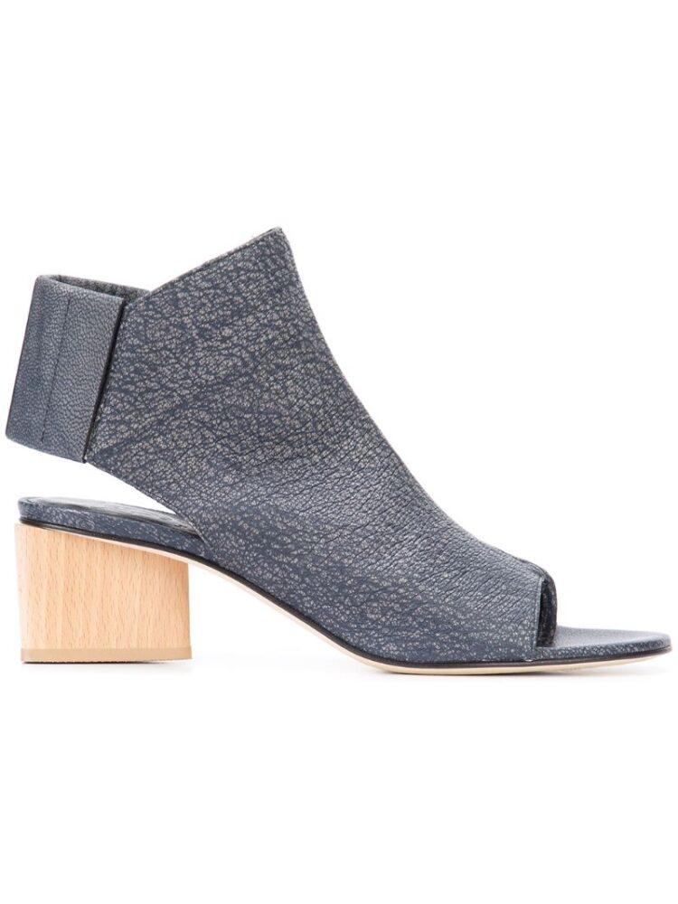 Zero + Maria Cornejo 'Illa' Sandal sneakers (overige kleuren)