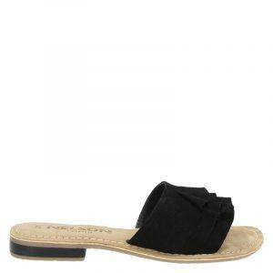 Nelson Donda slippers