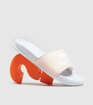 Nike Benassi Just Do It Slides Dames (wit)